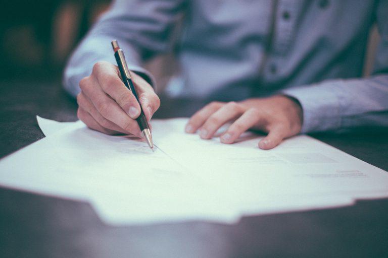 שליחות משפטית: למה צריך את זה בכלל?