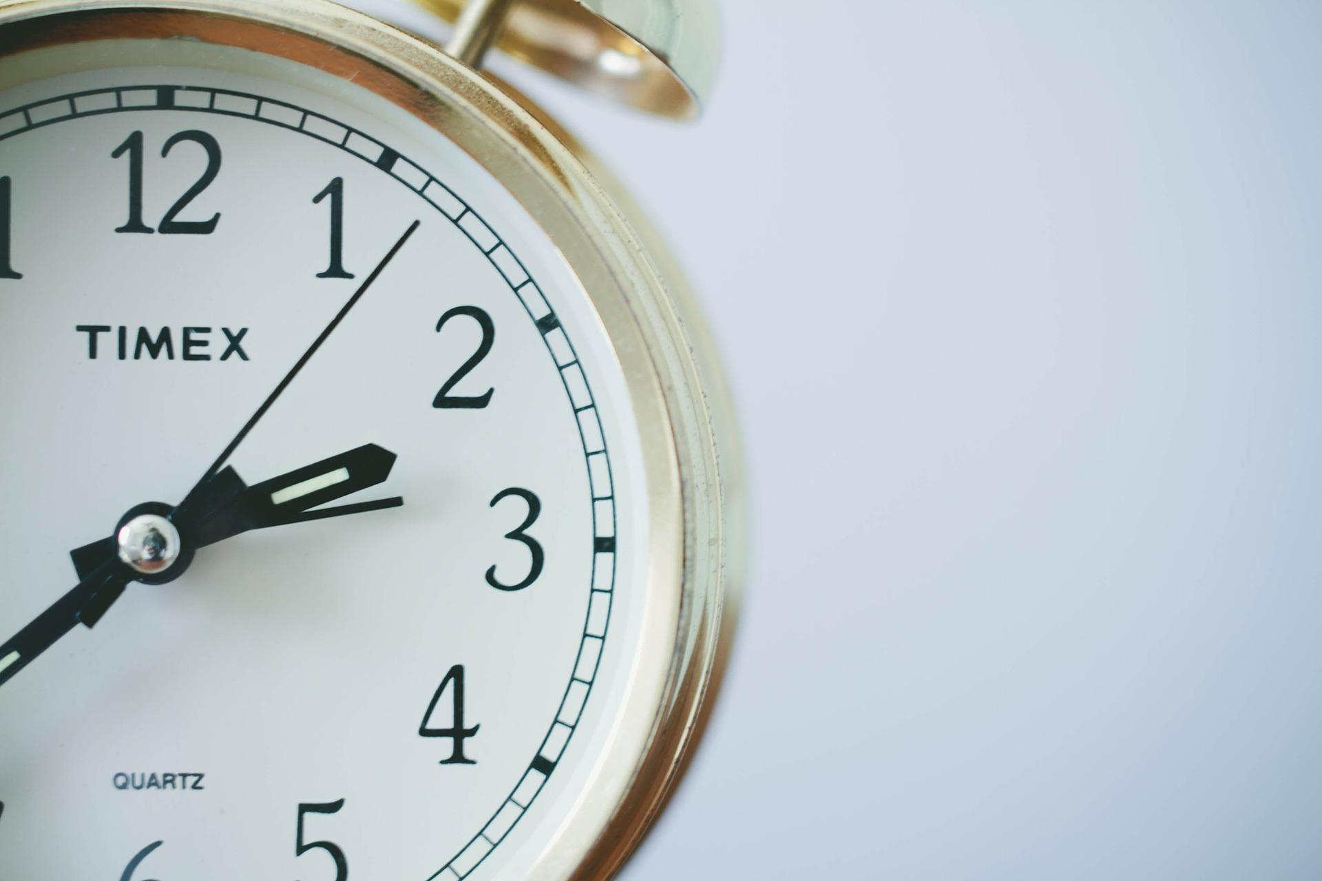 שעון נוכחות לעובדים: ההבדל בין נוכחות לפעילות