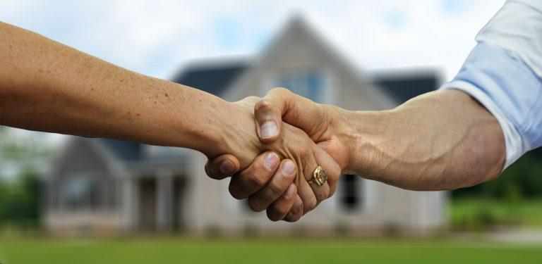 האם מומלץ להשקיע בנכסים במהלך משבר הקורונה?